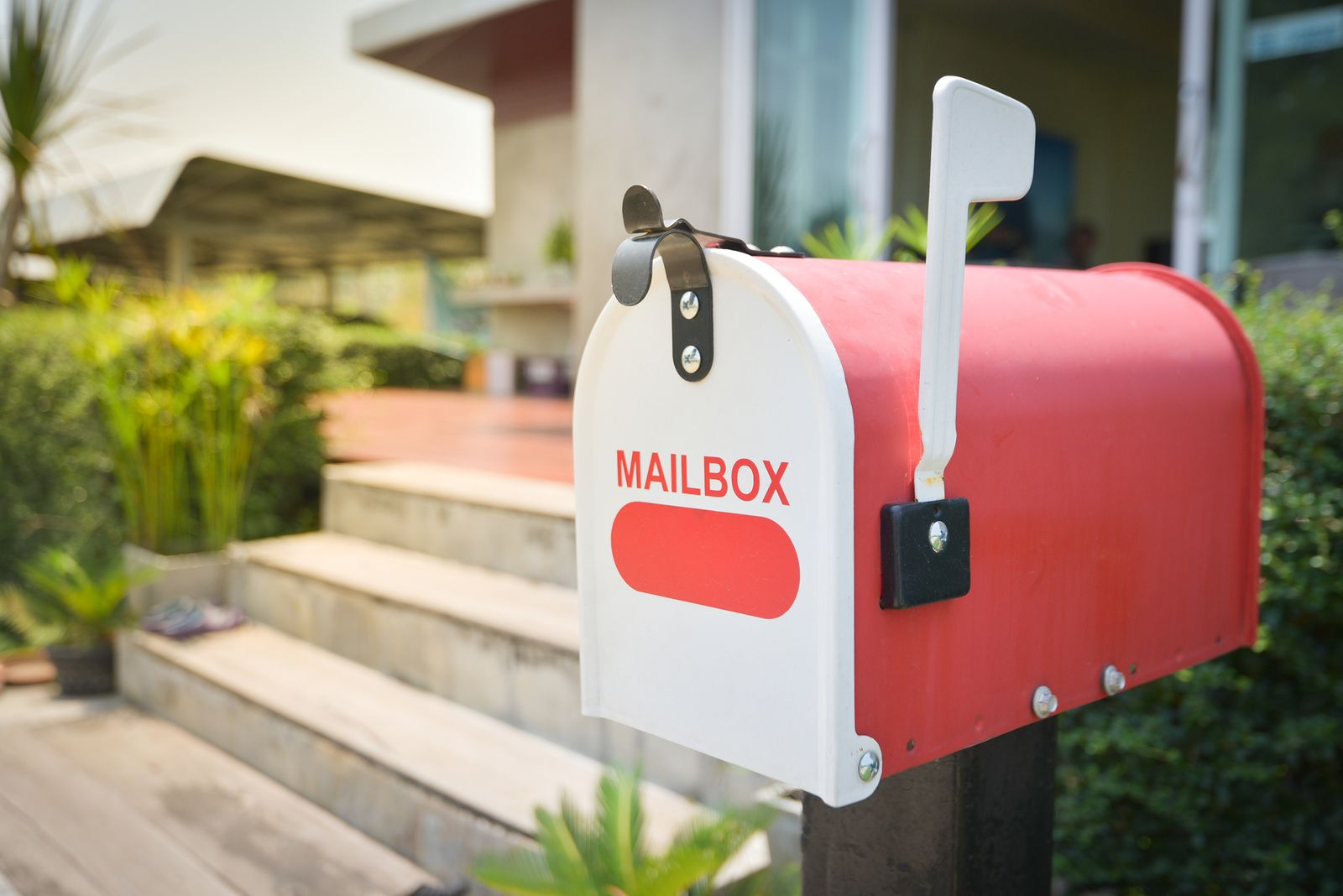 real-estate-direct-mail-tips-realeflow
